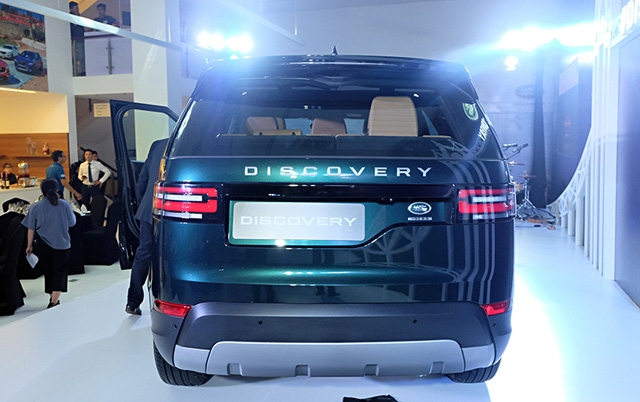 land rover discovery co gia gan 4 ty dong tai viet nam