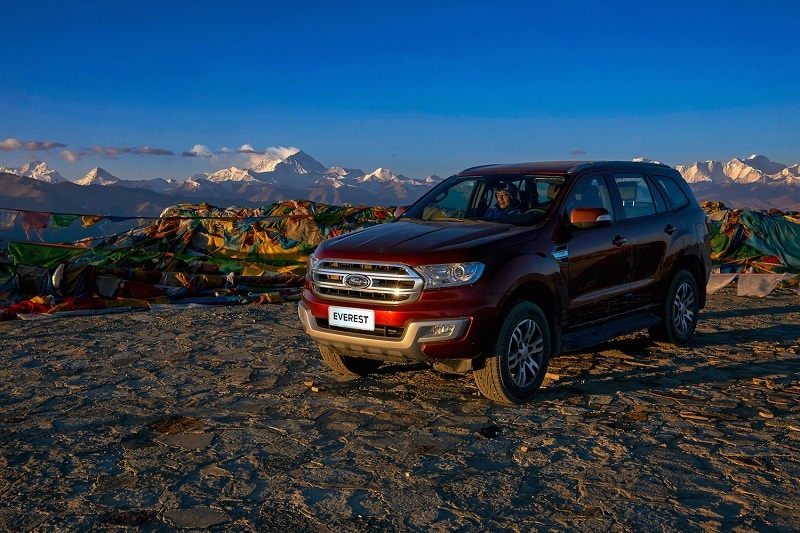cung ford everest chinh phuc dinh everest