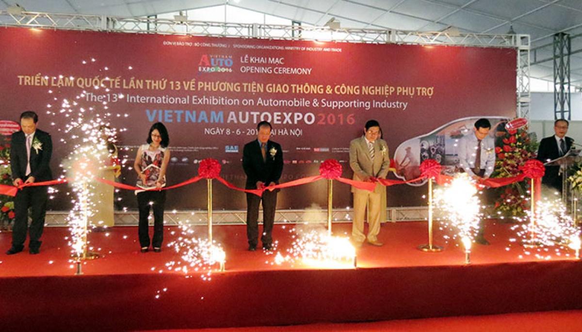 vietnam autoexpo 2016 khai cuoc