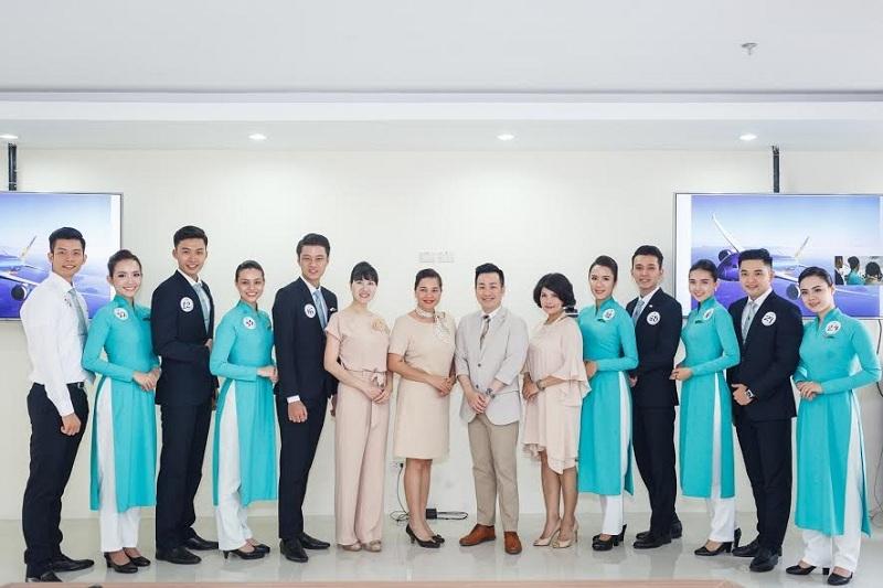 tiep vien hang khong thanh lich cung vietnam airlines