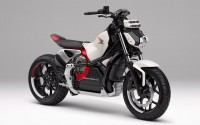 honda sap ra mat mo to dien tu can bang riding assist e