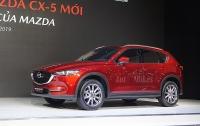 Tăng giá, Mazda CX-5 vẫn vượt mặt Honda CR-V dẫn đầu phân khúc