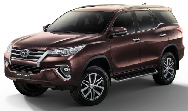 thanh lat toyota fortuner co phien ban moi