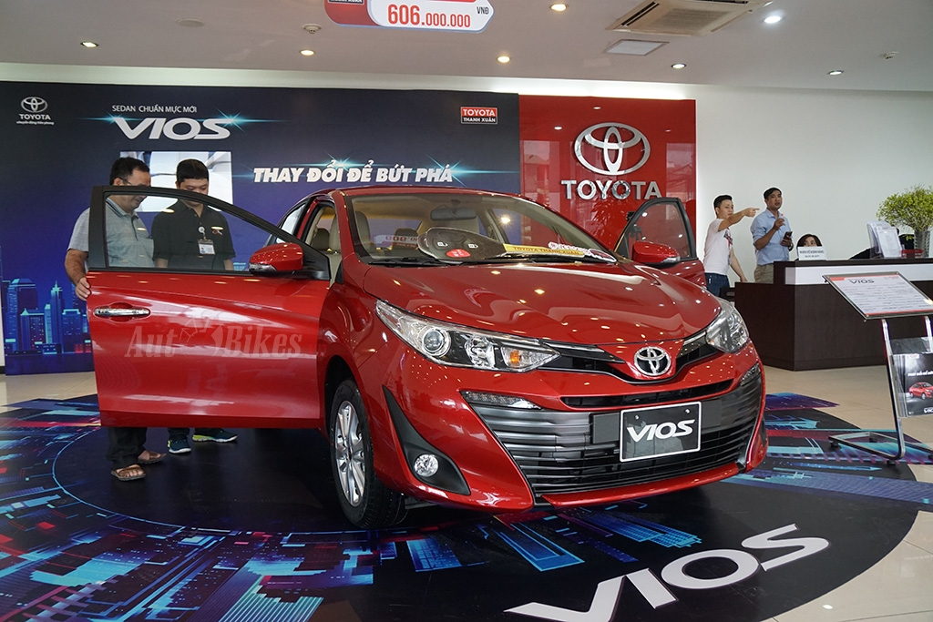 toyota vios yaris 2018 dot pha ve an toan