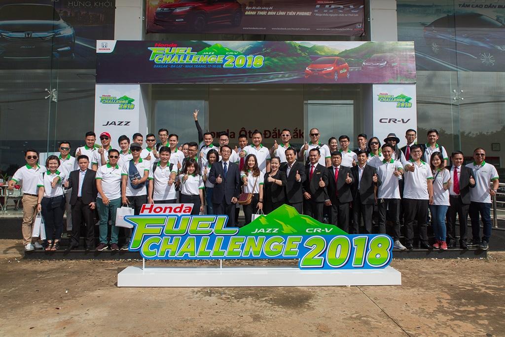choang voi honda cr v 7 cho chi can 41 lit100 km