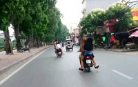 lai xe lang lach danh vong phat toi 20 trieu dong