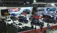 25 xe mercedes s400l phuc vu hoi nghi cap cao apec 2017