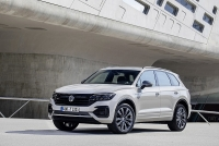 volkswagen ra mat phien ban doc la touareg one million