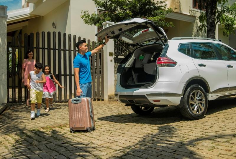 nissan viet nam uu dai cho khach mua xe trong thang 102018