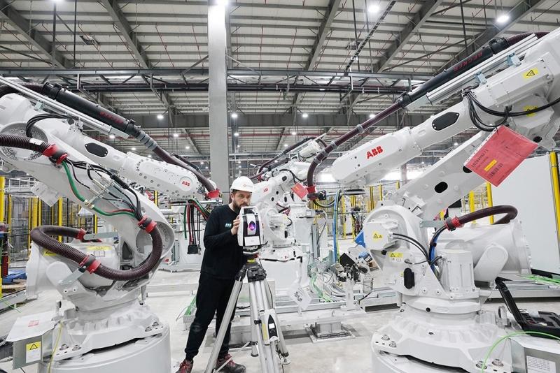 1200 robot san sang di vao hoat dong tai vinfast