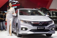 video honda city giam 35 trieu dua toyota vios