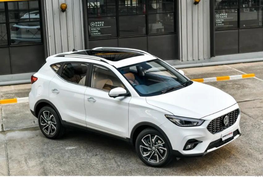 MG ZS giảm giá 25 triệu đồng, cạnh tranh Kia Seltos