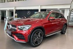 Mercedes GLC300 cắt trang bị, tăng giá bán