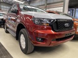 Ford Ranger XLS 2021 khan hàng,