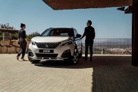 peugeot 3008 va 5008 co them phien ban moi gia re hon