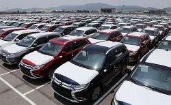 Ô tô nhập khẩu bất ngờ tăng mạnh