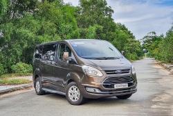 Ford Tourneo giảm 100 triệu đồng nhằm xả hàng tồn