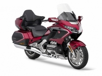 dat ngang o to honda gold wing 2020 gia 12 ty co gi dac biet