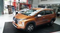 so sanh mitsubishi xpander cross va toyota rush