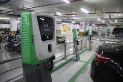 VinFast đã lắp đặt hơn 8.100 cổng sạc cho xe điện