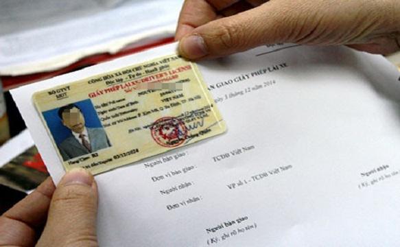 Giấy phép lái xe quá hạn sẽ bị phạt đến 12 triệu đồng