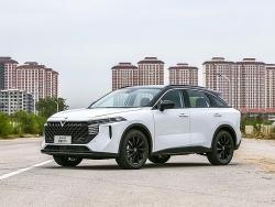 Khám phá chi tiết mẫu xe Venucia SUV của Trung Quốc, rẻ hơn Fadil