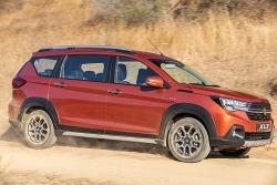 Suzuki XL7 đại hạ giá xuống gần 500 triệu đồng, đấu Xpander