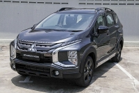 mitsubishi xpander co them phien ban black edition