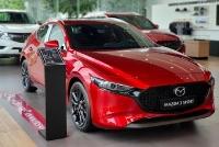 Mazda3 giảm giá 100 triệu đồng, chạy đua Kia Cerato