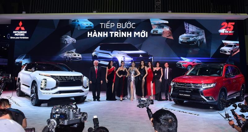Siêu phẩm Mitsubishi GT-PHEV tới Hà Nội