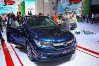 honda city 2017 chay hang vios lao doc