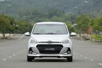 hyundai grand i10 co them can bang dien tu tai viet nam