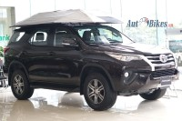 thang 6 toyota fortuner gia re co the ve viet nam