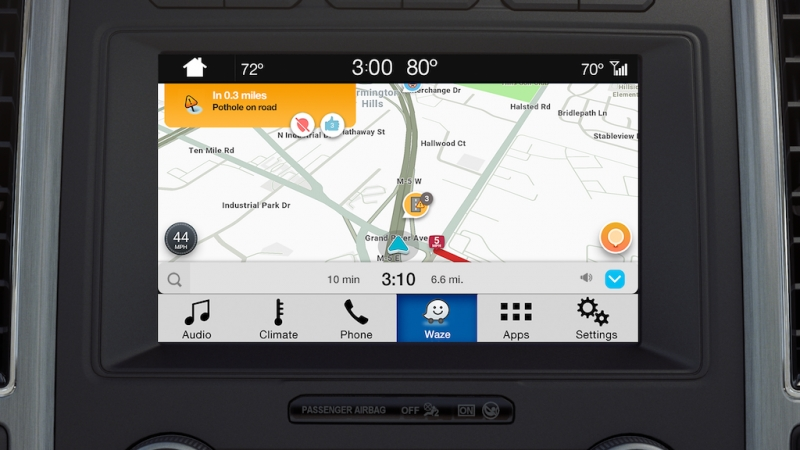 ford tich hop ung dung giao thong waze vao sync 3