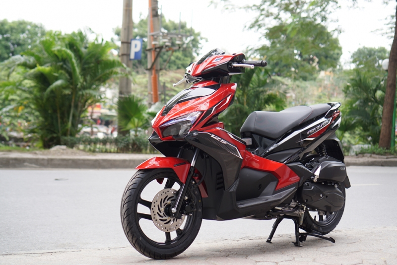 yamaha freego co du suc doi dau voi honda air blade