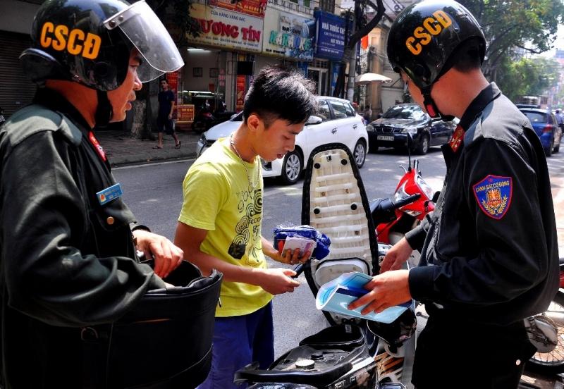 Những lỗi nào cảnh sát cơ động được xử phạt?