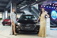 hyundai accent santafe thang hoa kona but toc