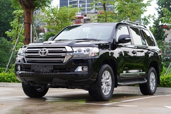 kha m pha toyota land cruiser 2019 xe 4 ty co gi