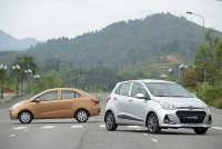 hyundai grand i10 2019 khuyen mai gia xe lan banh thang 92019