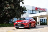 Toyota Corolla Altis giảm 40 triệu, chờ bản nâng cấp mới
