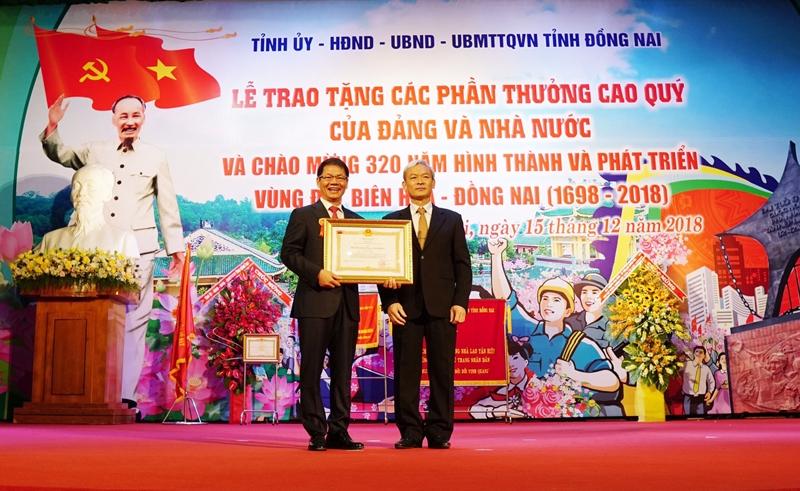 thaco duoc trao tang huan chuong lao dong hang nhat