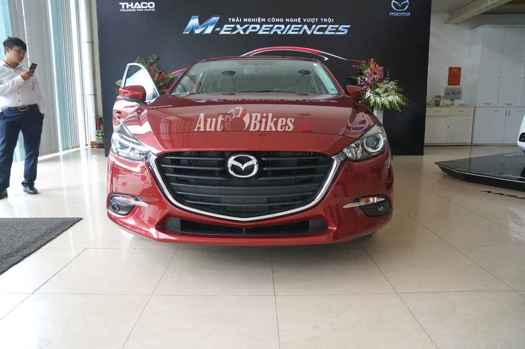 mazda3 15l hatchback 2017 gia 690 trieu co gi