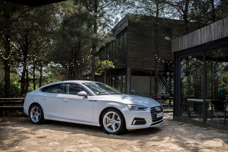 chiem nguong audi a5 sportback 2018 the he moi