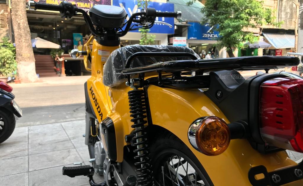 honda cross cub 2018 bat ngo ve viet nam gia 115 trieu dong