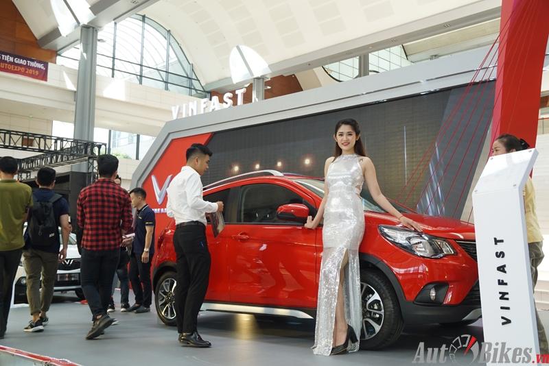 bong mat voi dan my nu tai trien lam vietnam autoexpo 2019