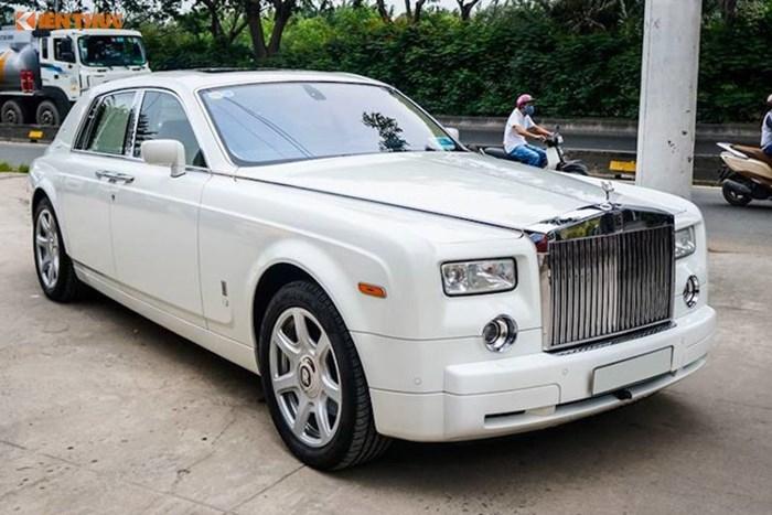 Dang Xe Rolls Royce >> Siêu xe 11 tỷ Rolls Royce Phantom 2008 rao bán tại Sài Gòn