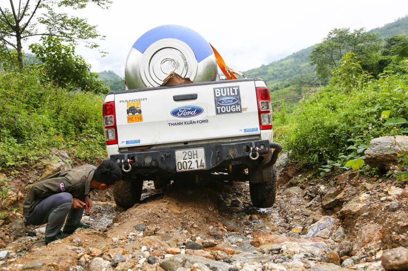 ford ranger wildtrak chinh phuc xin man